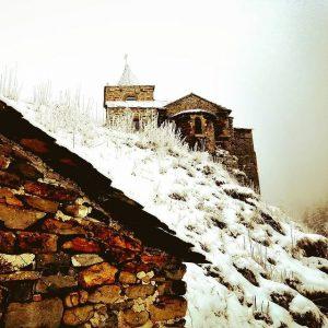 Glavenas sous la neige